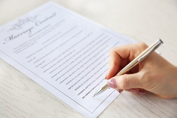 Benefits of Signing a Prenuptial Agreement