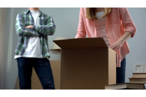 Can my Spouse make me move out during divorce?